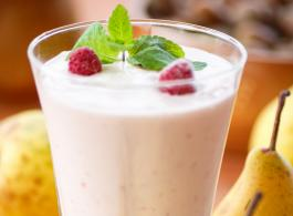 Pear and Kefir shake_1440x770.jpg