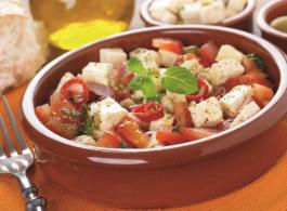 Tomaten_Feta_Salat_58402578-2.jpg