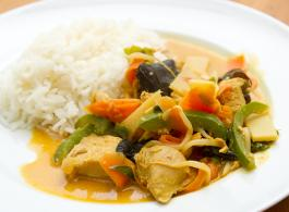 turkey in mango curry_1440x770.jpg