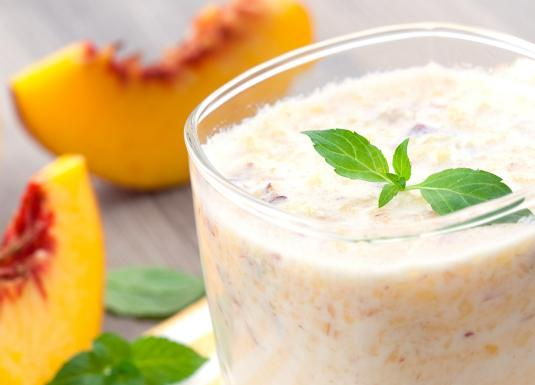 Peach and yoghurt shake_1440x770.jpg